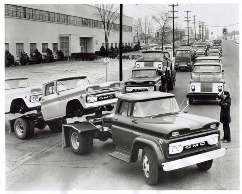 nostalgia60-63GMC_fleet