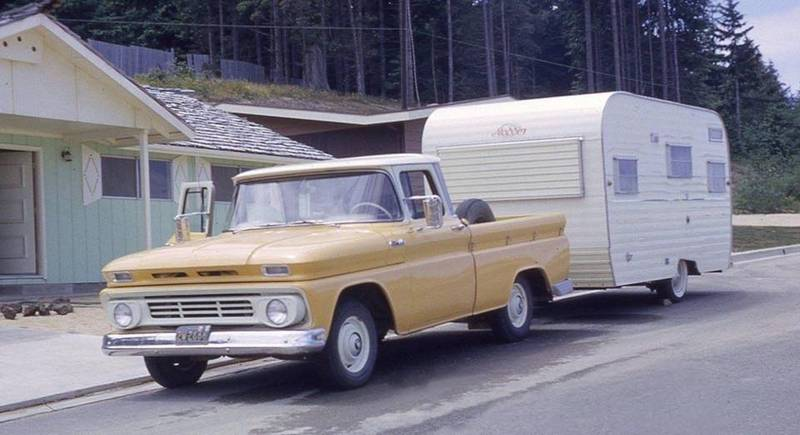 yellow62_camper