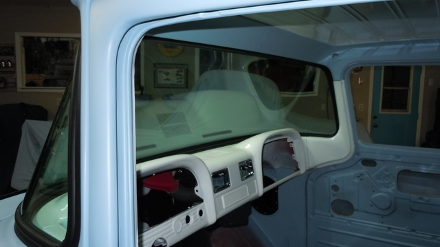 Installing front windshield