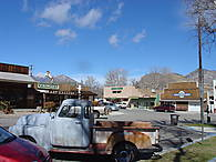 1200px-Downtown_Kernville.jpg
