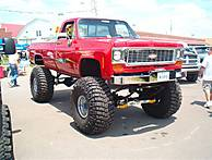 Blooms04_red_chevy_46_s.jpg