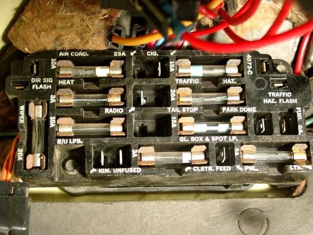 fuel gauge not working the 1947 present chevrolet gmc large fuse box jpg views 10635 size 69 0 kb
