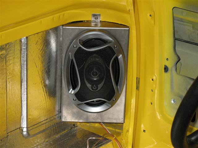 73 87 stereo system pics the 1947 present chevrolet for 04 chevy silverado door speakers