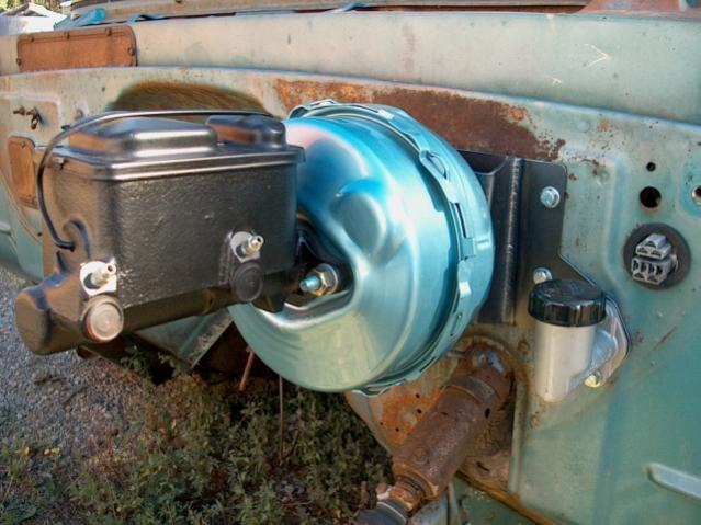 ID '60-'62 POwer Brake Booster Adapter Bracket With A Clutch