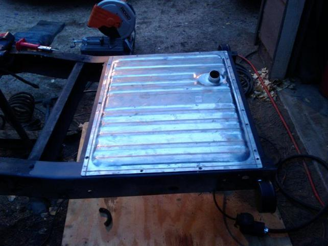 under bed gas tank conversion? - The 1947 - Present Chevrolet & GMC