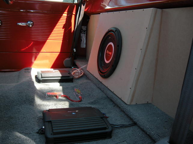 Behind the seat subwoofer box pics the 1947 present chevrolet attached images publicscrutiny Image collections