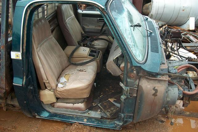 67 72 Chevy Truck Forum >> Bench and Bucket Seat Track Identification | GM Square ...