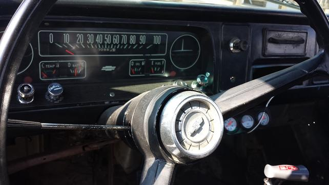 Name:  OLD DASH AND GAUGES.jpg