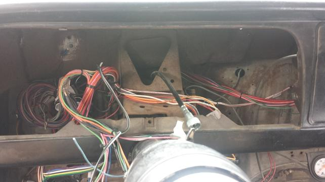 Name:  EMPTY DASH WITH OLD CABLE.jpg