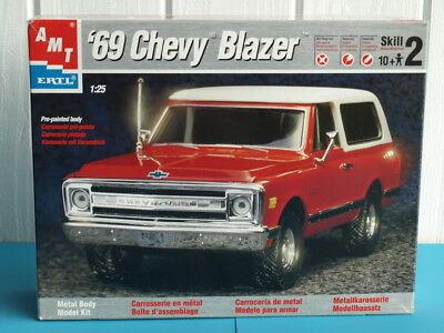 Name:  1969-Chevy-Blazer-Metal-Body-Kit-AMT-ERTL-Maßstab.jpg Views: 430 Size:  29.1 KB