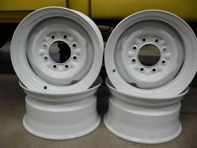 Name:  8.25x16.5 outer hubcap nub.jpg Views: 1603 Size:  34.5 KB