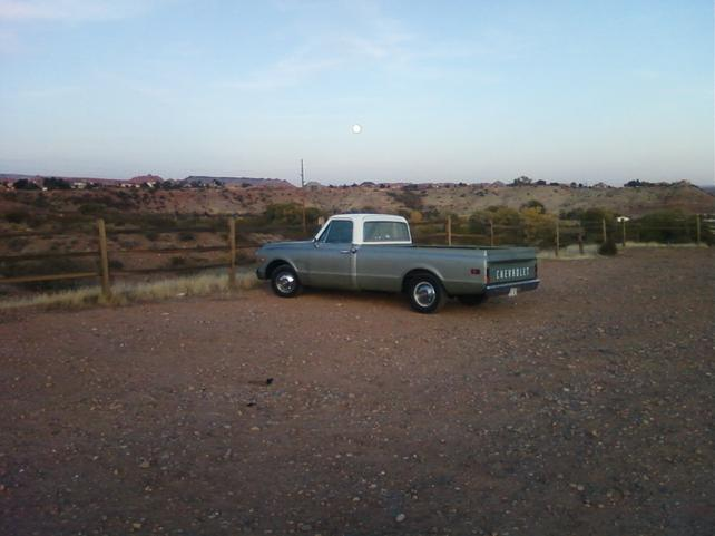 Name:  full moon truck.jpg Views: 3214 Size:  31.9 KB