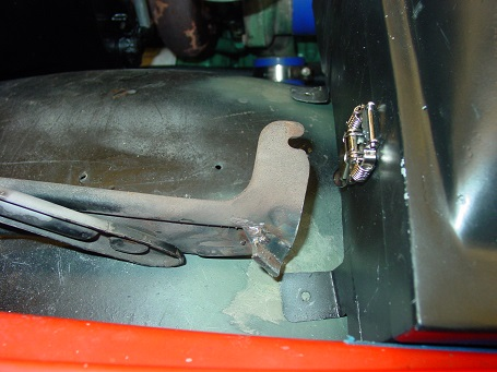 Name:  Right hood hinge after modification - 2.jpg Views: 531 Size:  63.3 KB