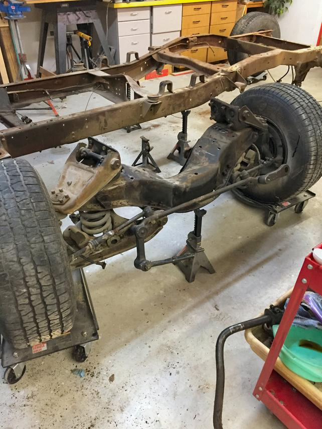 Name:  front axle.jpg Views: 932 Size:  100.4 KB