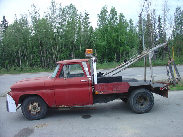 Name:  18jul13 North Pole tow truck (1).jpg Views: 2704 Size:  66.5 KB