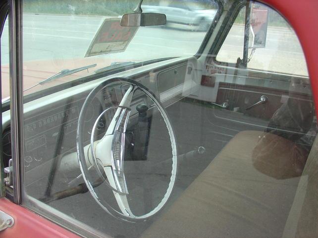 Name:  18jul13 North Pole tow truck (8).jpg Views: 1893 Size:  45.6 KB
