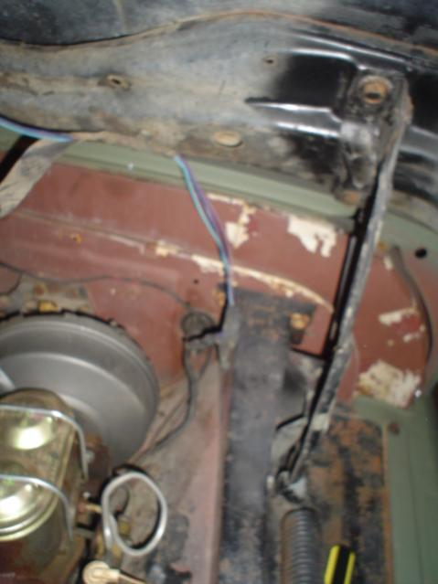 Name:  under hood wiring (1).jpg Views: 15388 Size:  32.5 KB
