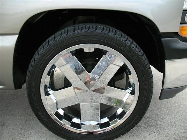 """2005 Silverado For Sale >> 2008 Chevy 20"""" Factory wheels and tires. New take offs"""