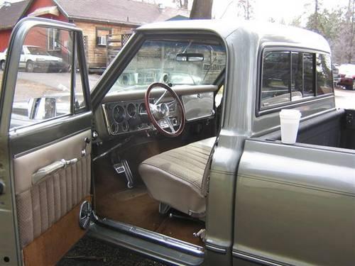 restored_1968_chevy_c_20_truck_002_Small_.jpg