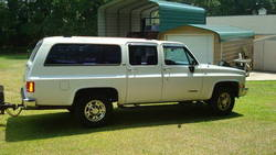 1991_Suburban_002.JPG