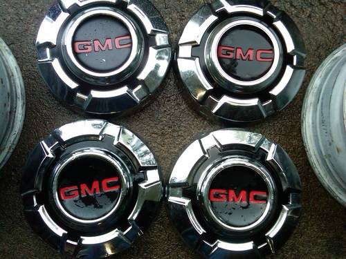 """67 72 Chevy Truck Forum >> WA 71 gmc hub caps """"Take offs"""" - 47-Current Chevy and GMC Classifieds"""