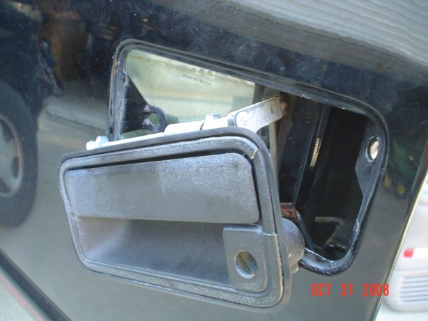 How To Replace Interior And Exterior Door Handles 1997 Yukon Gt With Pix The 1947 Present Chevrolet Gmc Truck Message Board Network