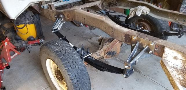 Name:  Driver side axle, spring.jpg Views: 1911 Size:  42.5 KB