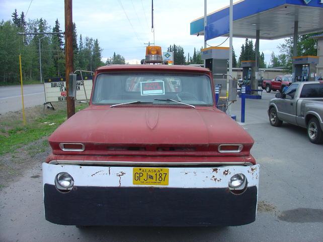 Name:  18jul13 North Pole tow truck (3).jpg Views: 2246 Size:  52.1 KB