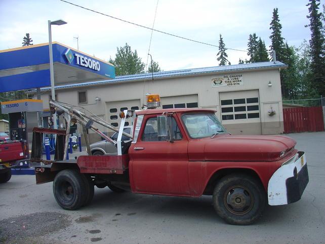 Name:  18jul13 North Pole tow truck (5).jpg Views: 2605 Size:  52.3 KB